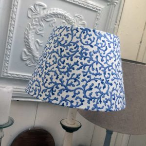 Classy and classic blue and white - well done Melinda!