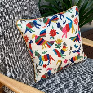 Piped Cushion Making at Ministry of Handmade